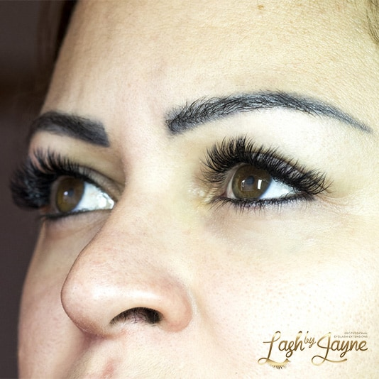 Eyelash extensions volume